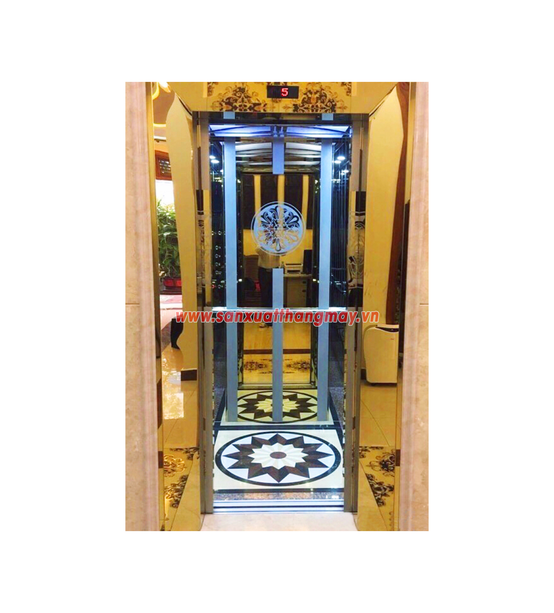 Thang máy HPM-08